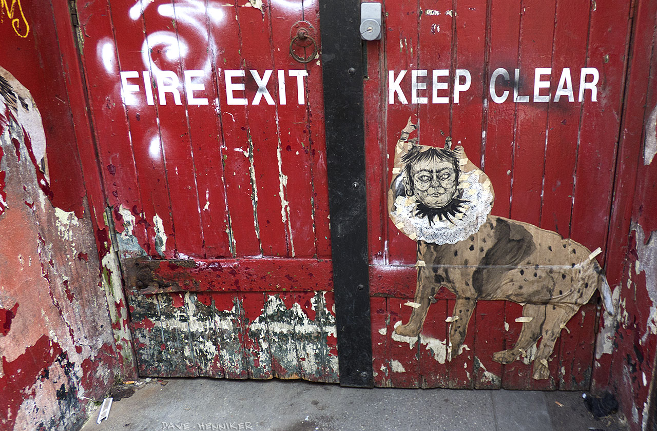 LochrinPlace2015July_door