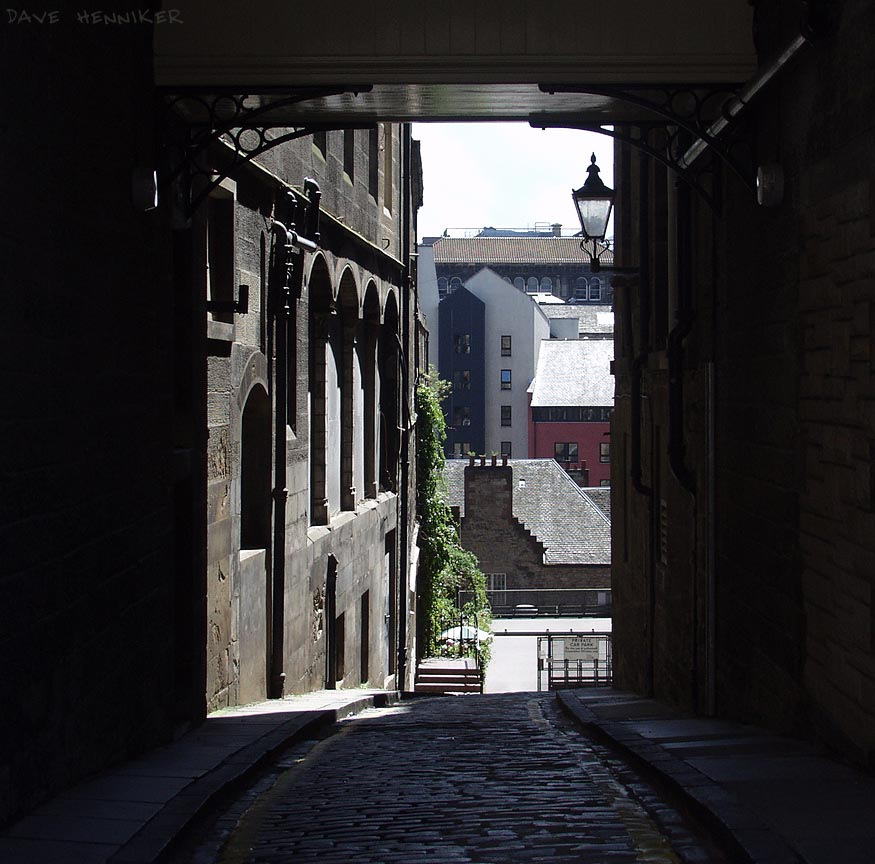 Old Fishmarket Close
