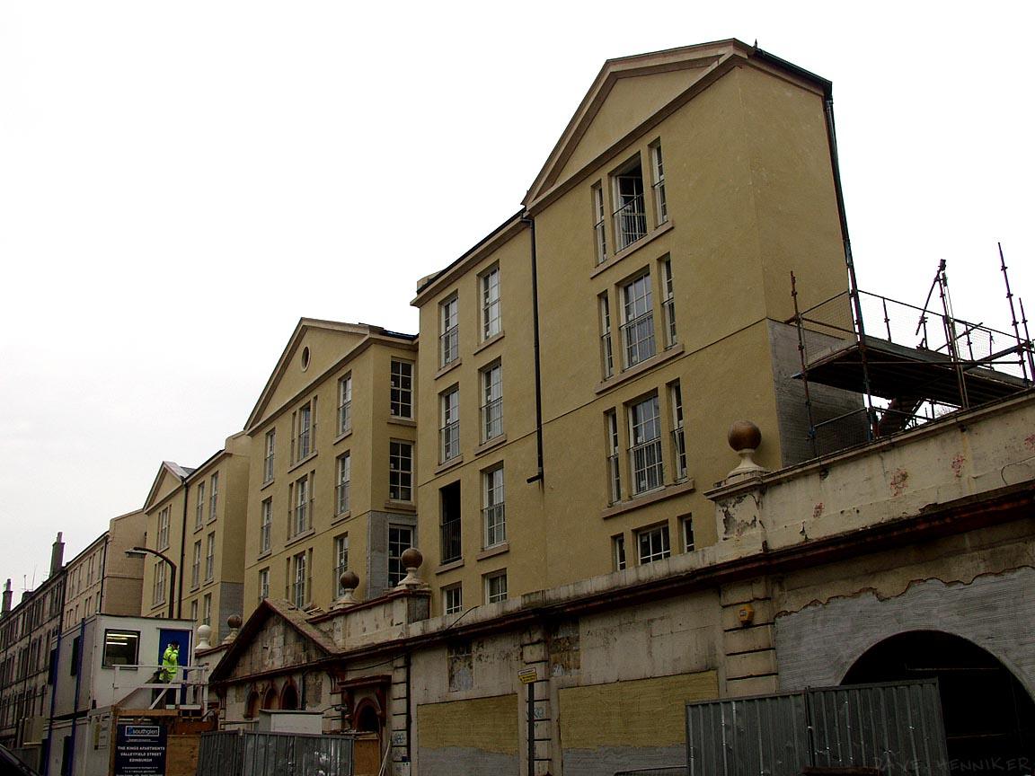 Valleyfield Street