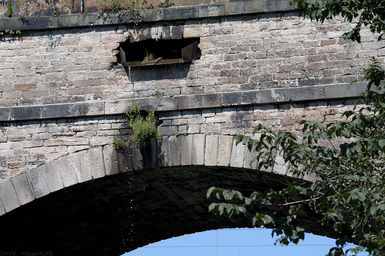 via-aqueduct2011b