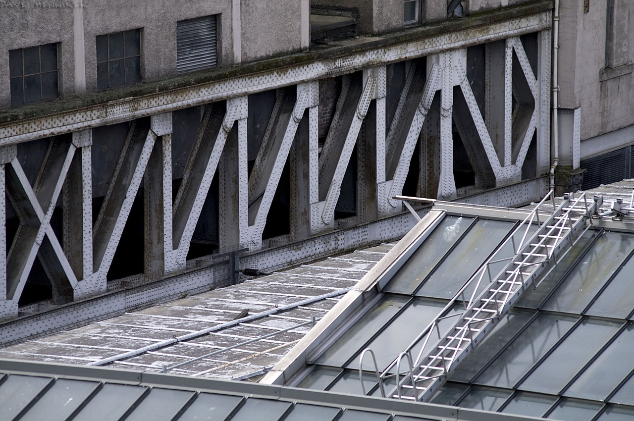wav-stn-roof02