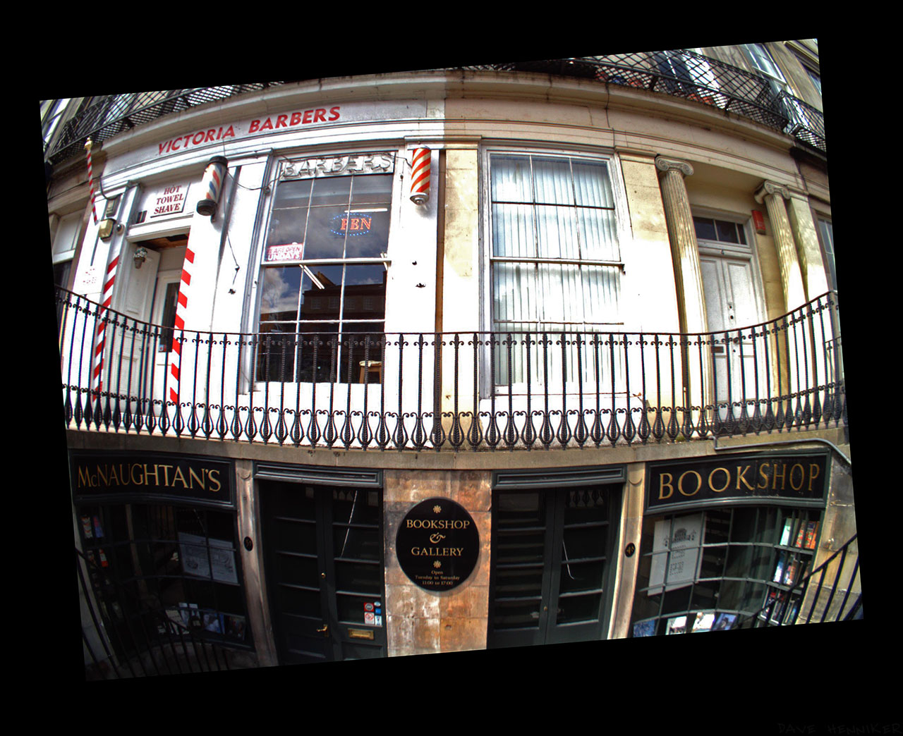 I particularly like these shopfronts in Haddington Place. Another Autographer picture. Unless using a smartphone or tablet to find out what pictures it's taking, you just have to wait until getting back home to your computer.