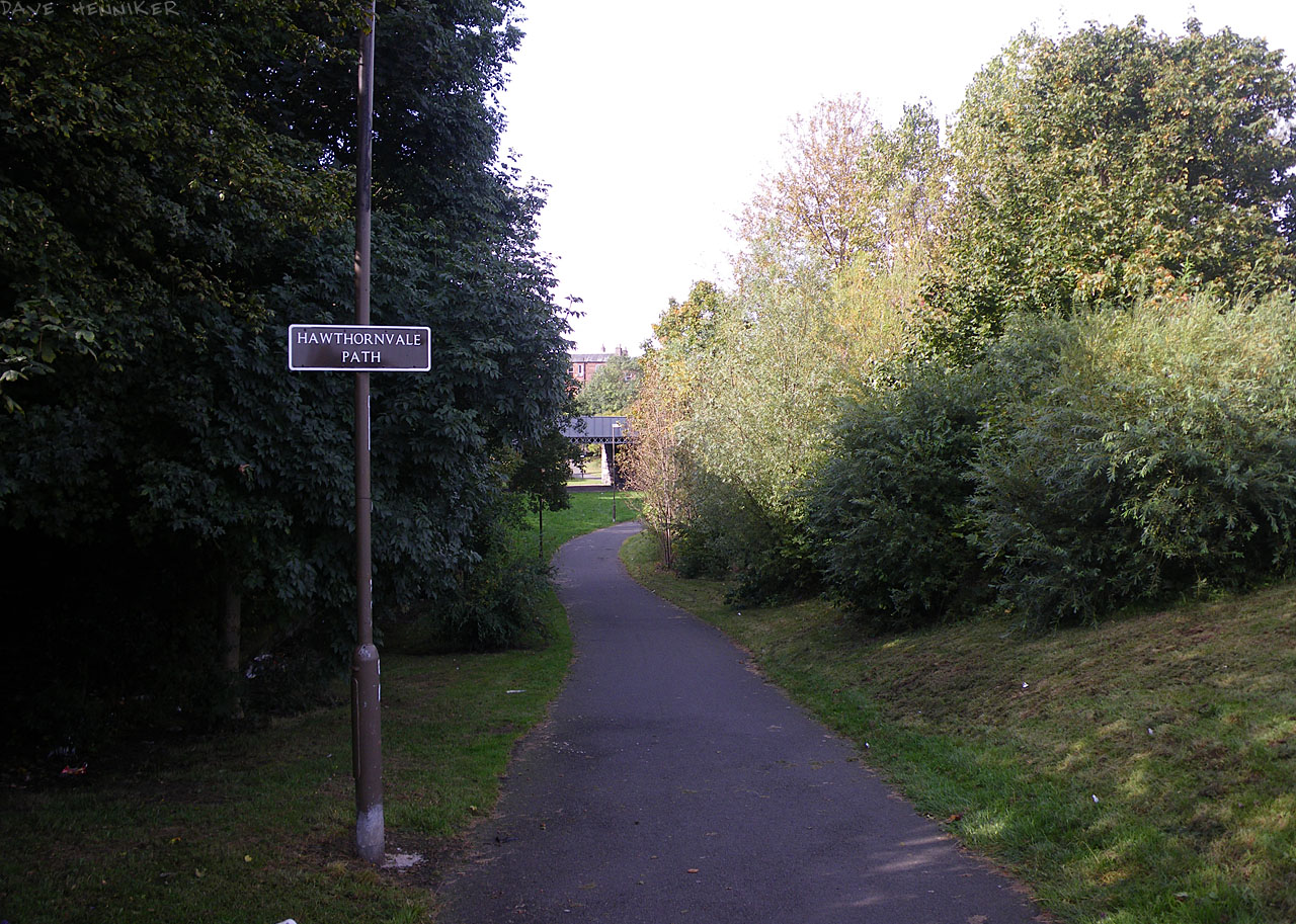 Not far from Ocean Terminal is this spot where the path from Crewe Toll ends beside Lindsay Road.