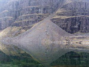Loch_Coire_Mhic_Fhearchair12.jpg