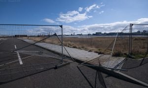 As on my visit in November 2010 the security fence was wide open, so I just walked in.