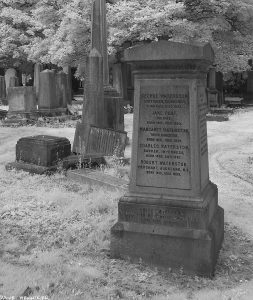 WarristonCemeteryIR34