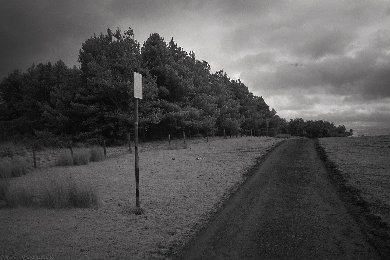 castlelaw_path29ir