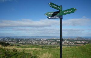 hillend_sign02