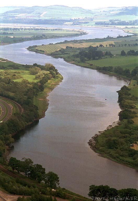 kinnoul-view4 River Tay