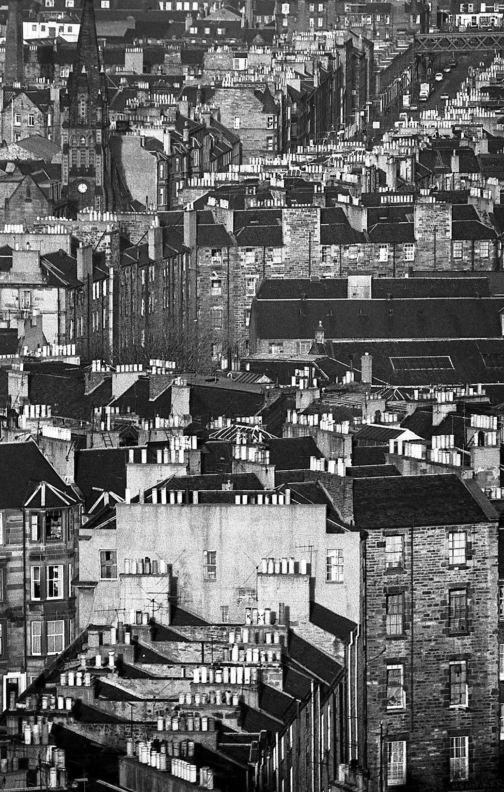 The same negative as the previous shot, this time showing more of the foreground. Taken from Calton Hill with 350mm lens. Later scan 1040 x 1632 pixels. Click the download icon to see full-size.