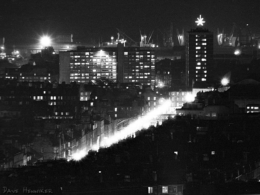 A time-exposure of a few seconds through a 350mm lens - on a sturdy tripod. The old railway bridge over the bottom end of Leith Walk, next to Jane Street, is clearly visible.
