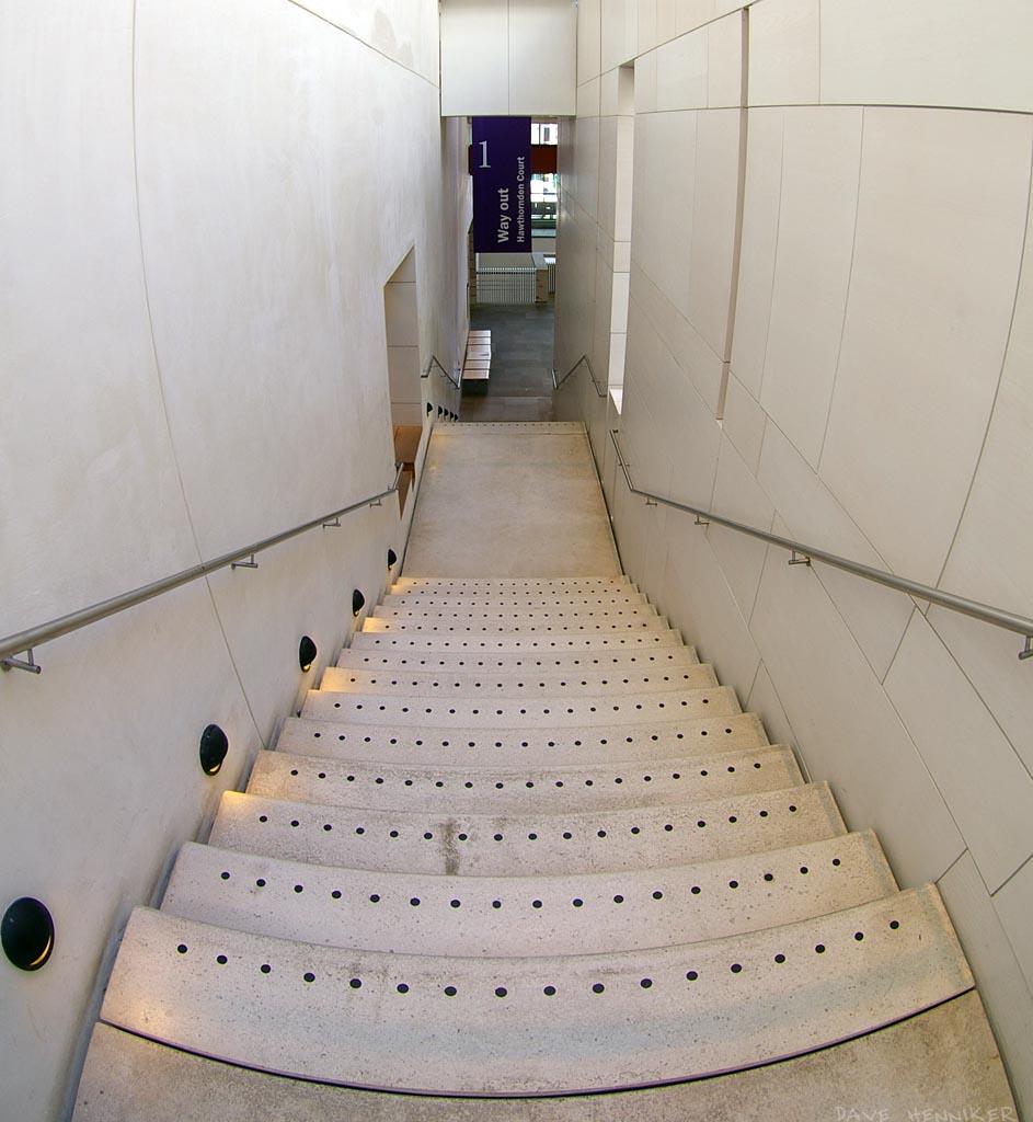 museum_stair02