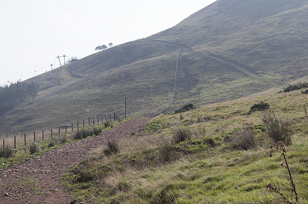path2hillend