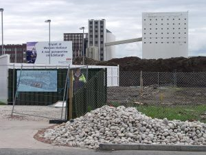 A new housing development which will undoubtedly do as the sign says and provide a new perspective on Edinburgh. The other sign proclaims 'an exclusive development of apartments, duplexes and penthouses'. Great things are afoot, we are assured.