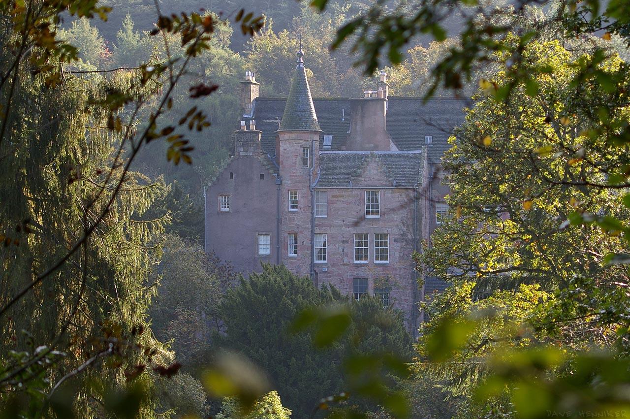 roslin_glen_0610o_hawthornden_castle
