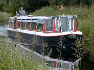 u_canal_boat