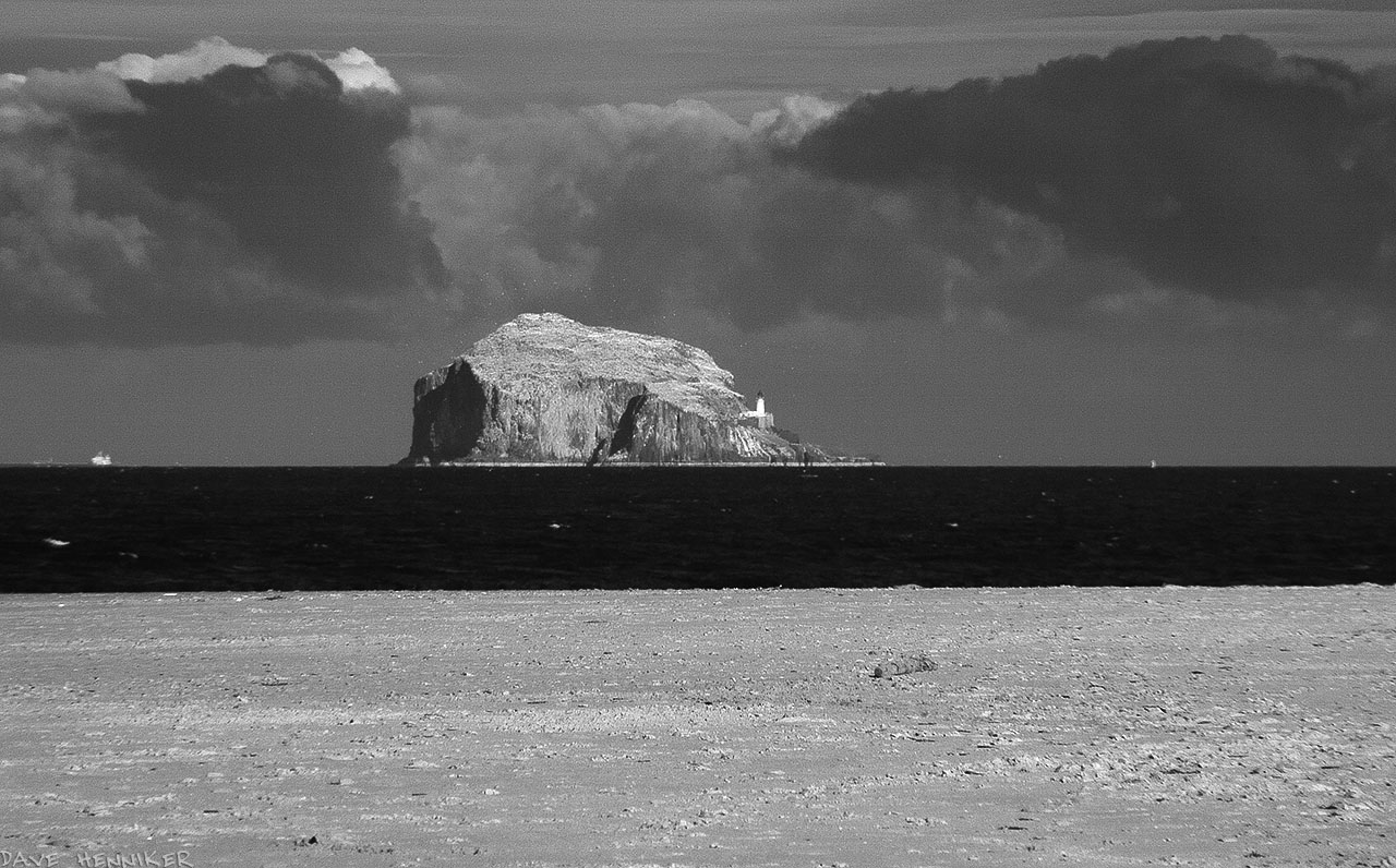 yellowcraigs1403ir08