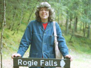 jane-rogie-sign_1986