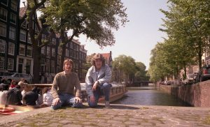 Amsterdam(b)