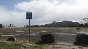 A 36 bus took me to Ocean Terminal, avoiding the Leith Walk roadworks. (20th March 2017)