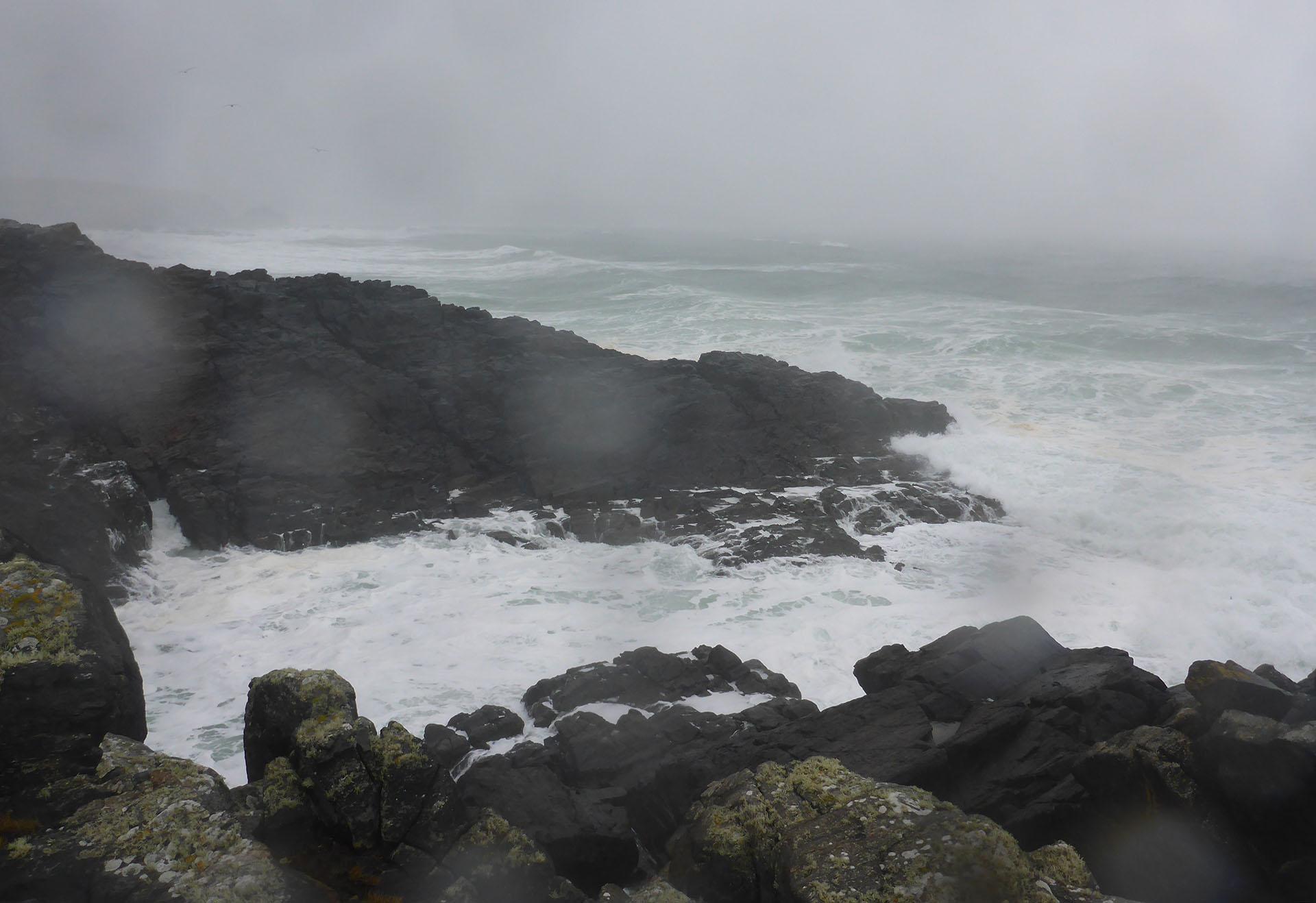 86 Swainbost shore in rain