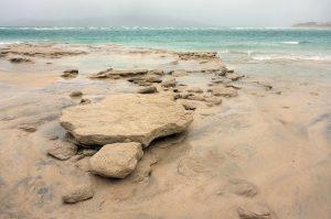 11 Seilebost shore sand boulders