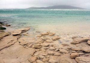 49 Seilebost sand boulders, Taransay