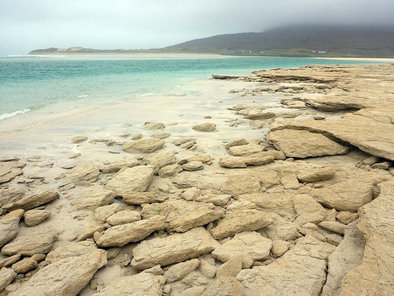 50 Seilebost sand boulders, Luskentyre