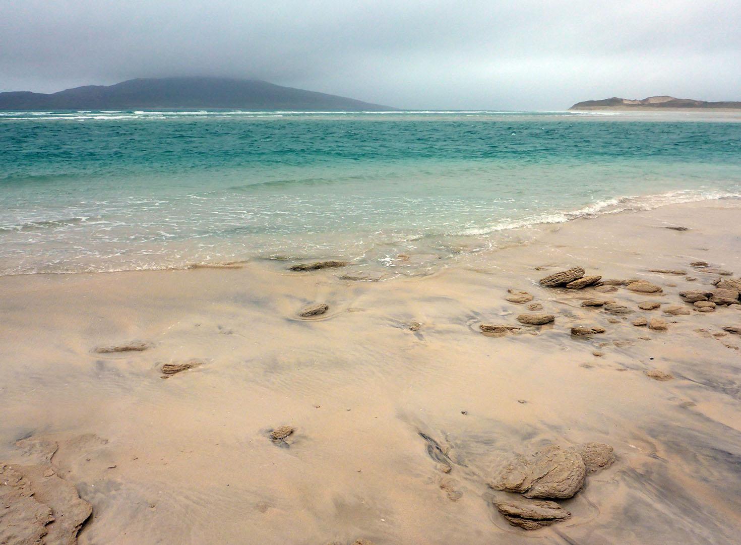 53 Seilebost shore