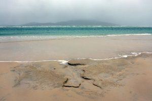 6 Seilebost beach looking at Taransay