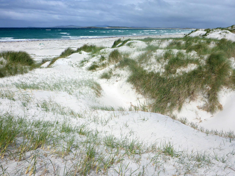 122 Sand dunes Vallay Beach towards Traigh Iar