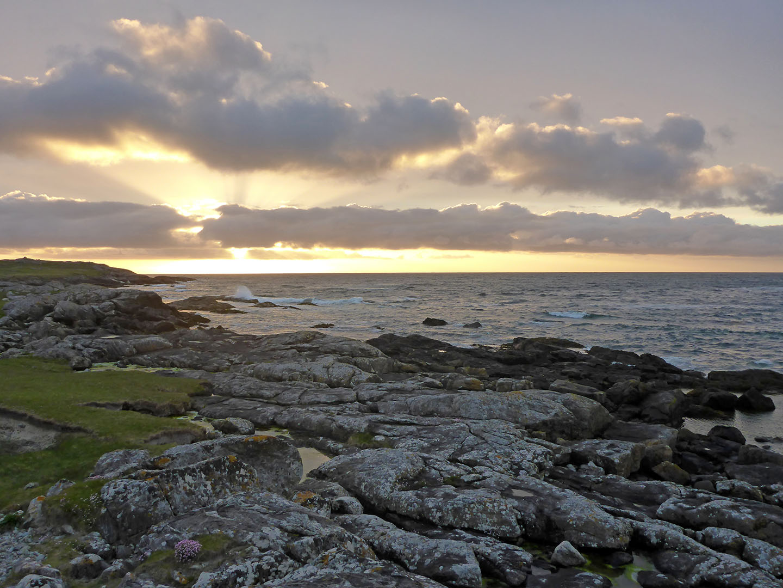 52 Halaman Bay & rocks