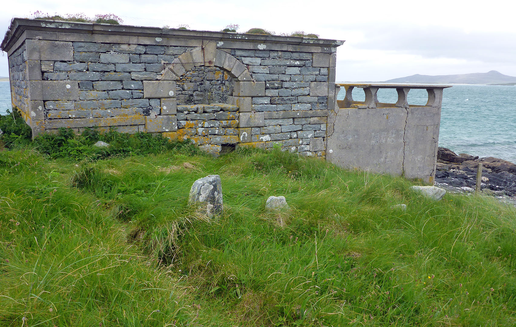 59 Cemetery, top of Udal peninsula