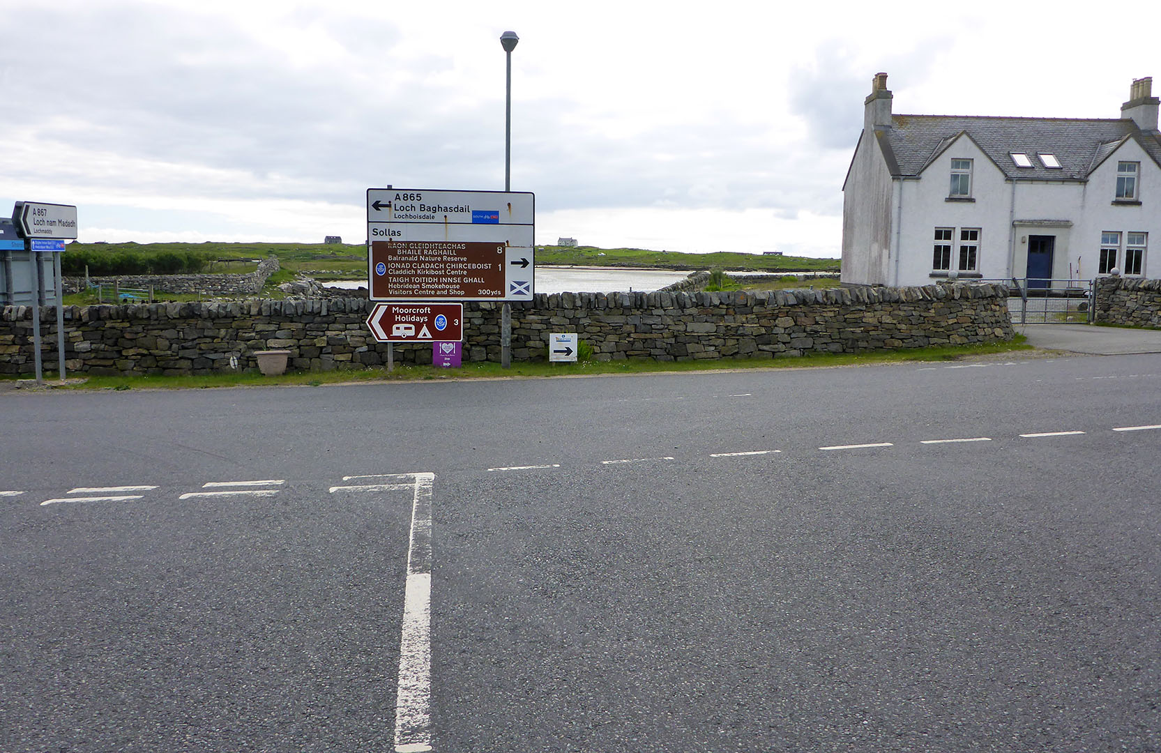 7 Road signs at Clachan