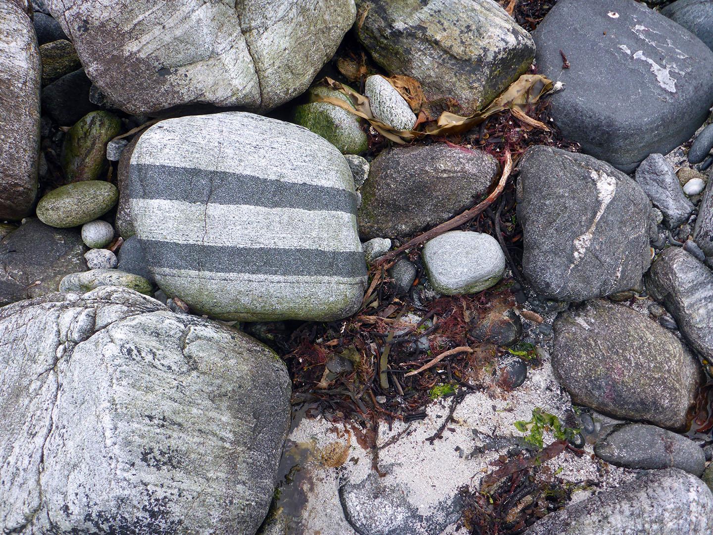 82 Striped stone