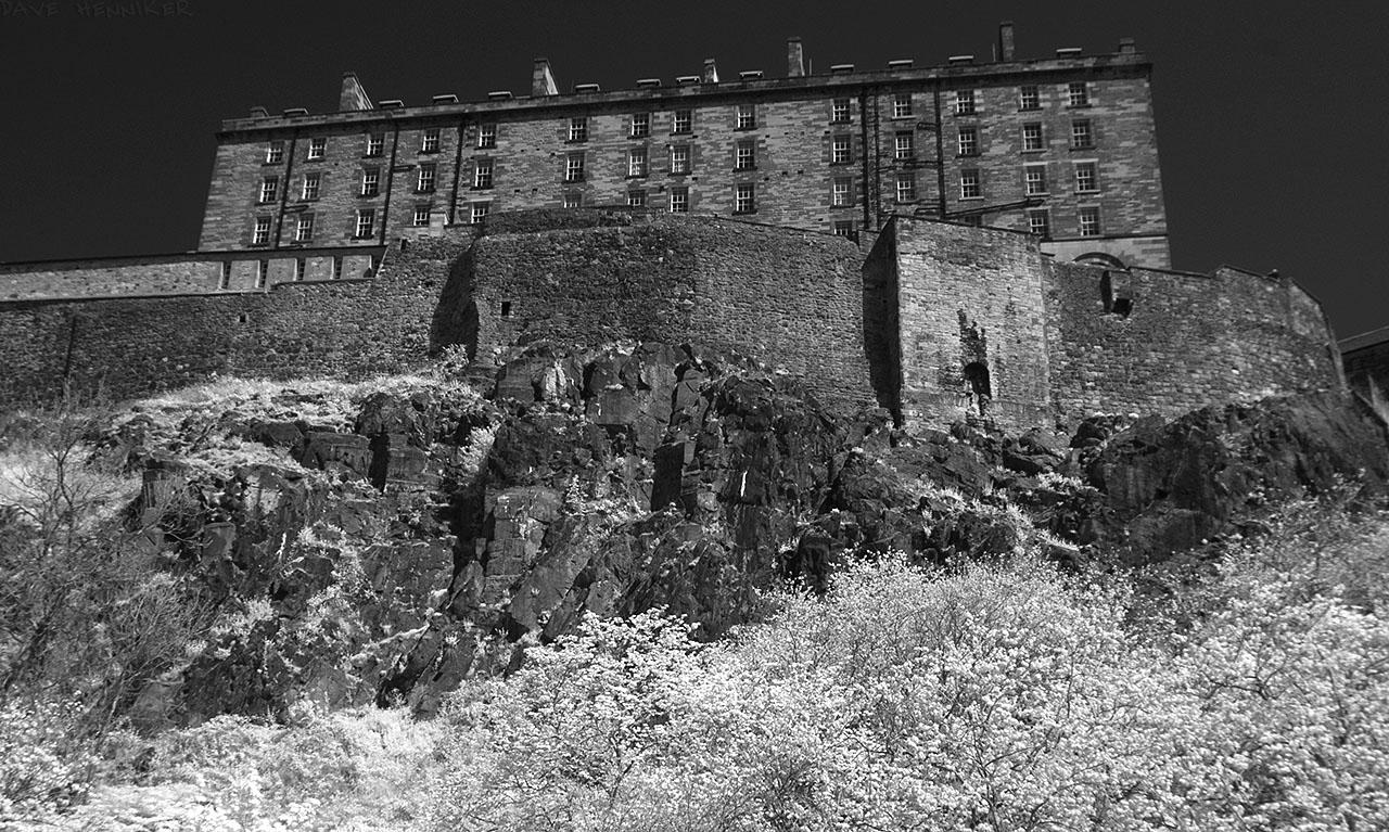 EdinburghCastleIR09