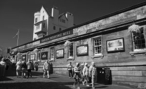 EdinburghCastleIR15