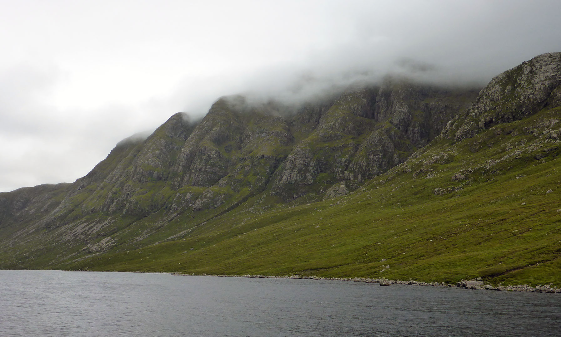 136 Loch a Ghlinne & Huiseabhal Mor