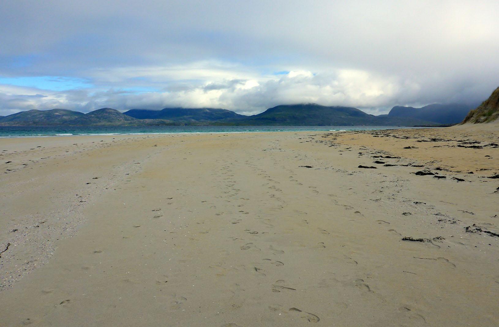 36 Harris hills from Luskentyre beach