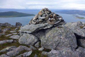 66 Cairn Beinn Dhubh, Taransay, Iosaigh